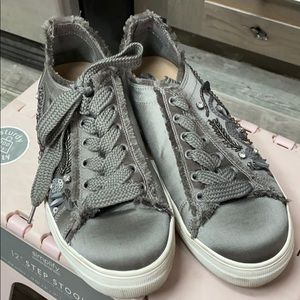 Steve Madden Greed Lace Up Sneaker